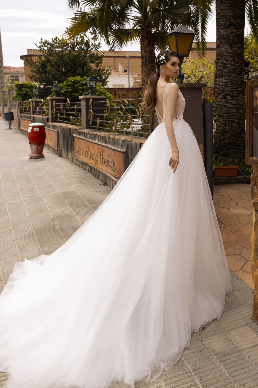 wedding dress amora