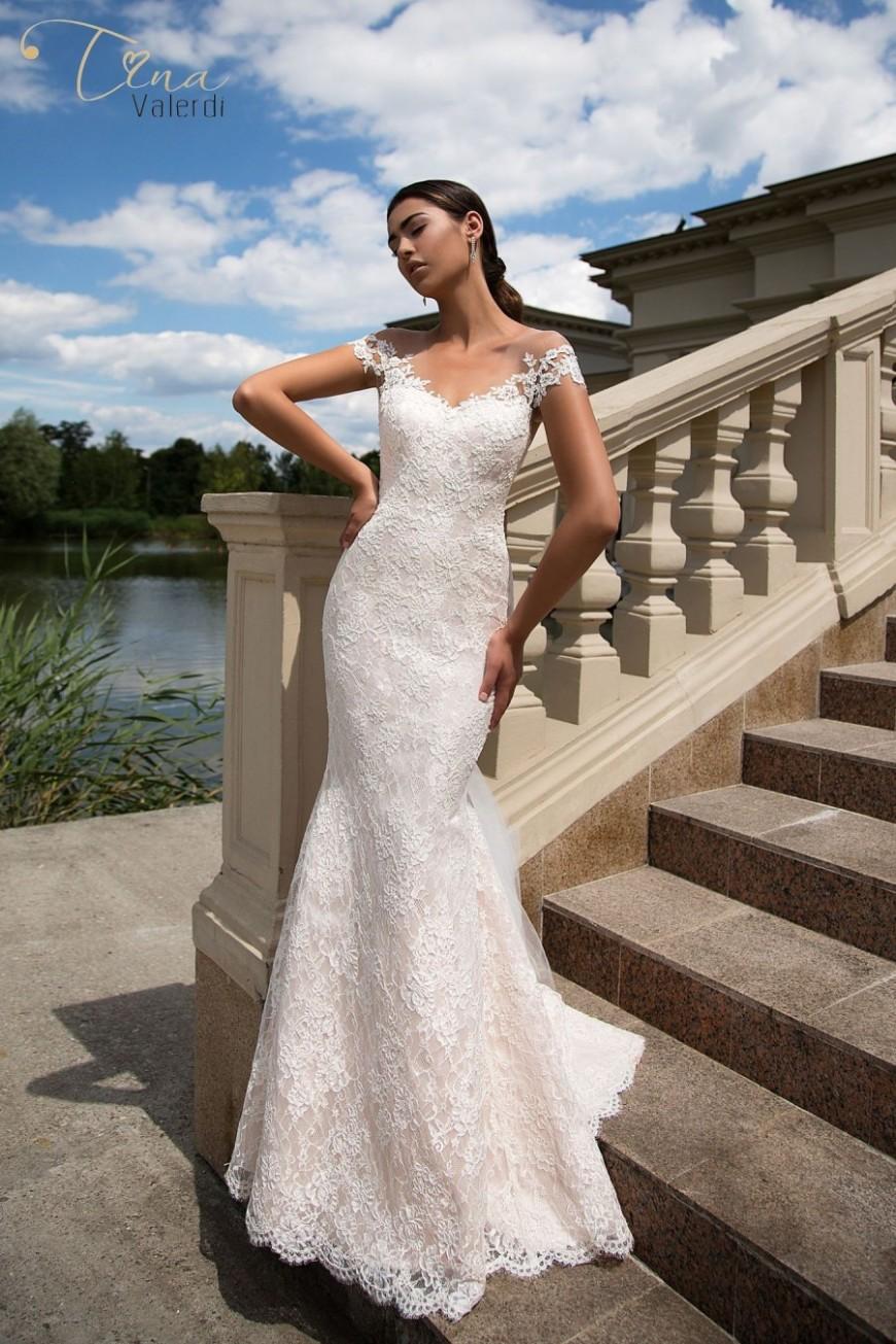 wedding dresses Elena