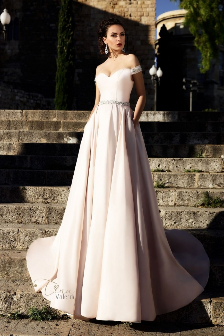 wedding dress Marisa
