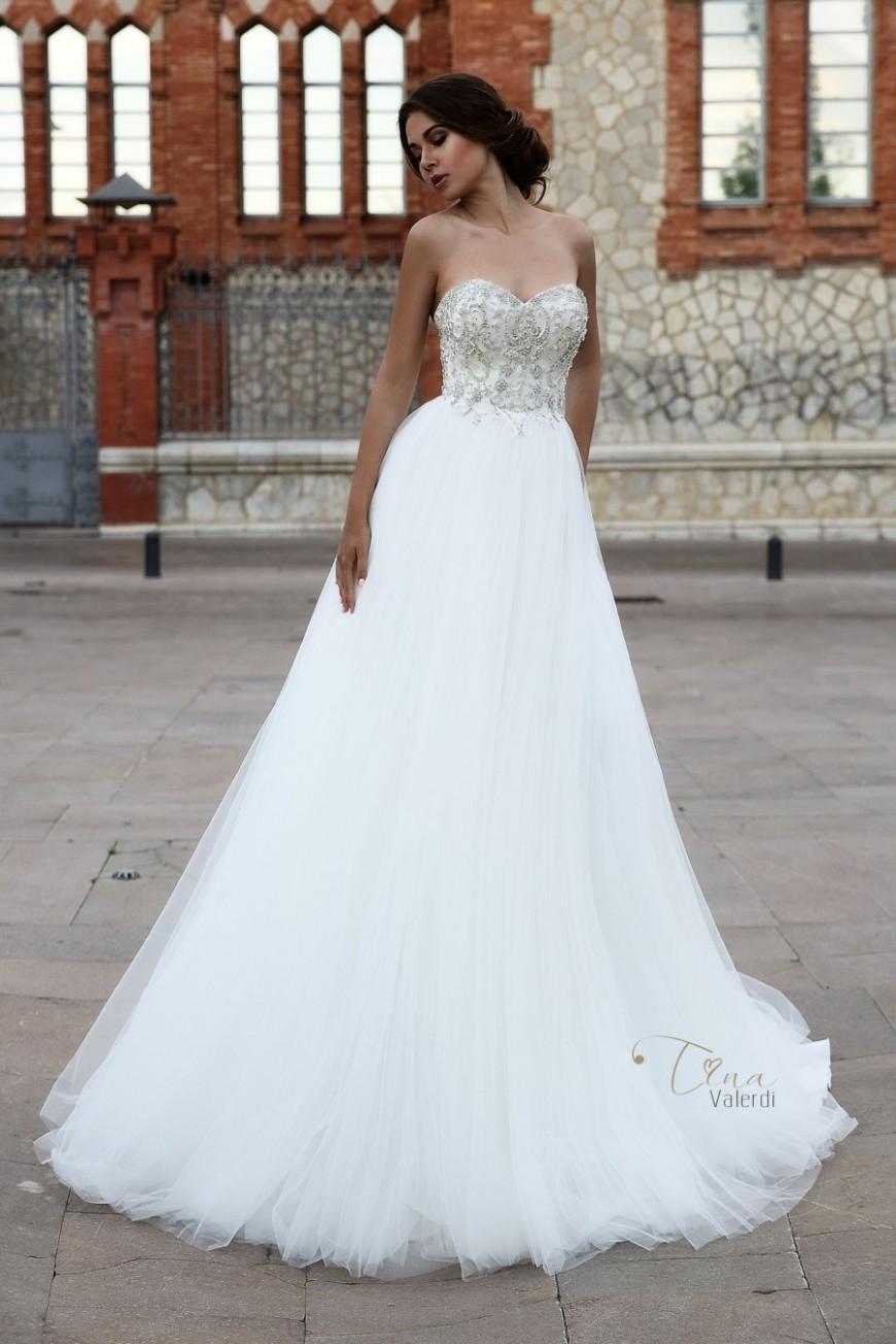 wedding dress Salma