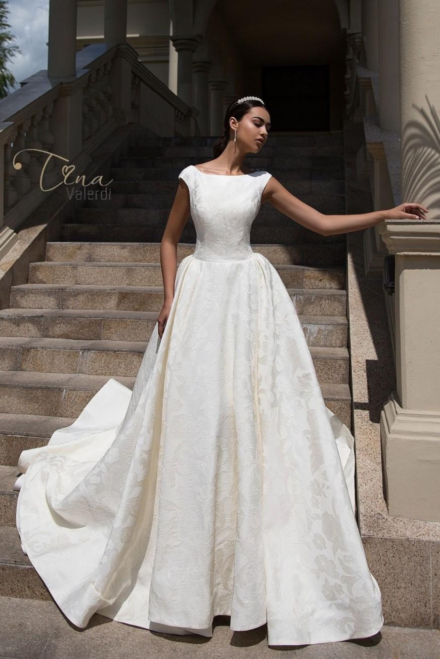 wedding dress Sofia