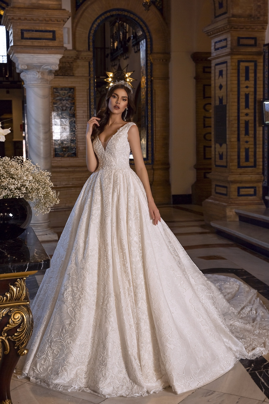 wedding dress Jennifer