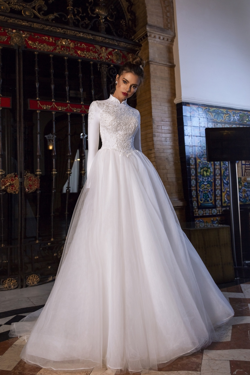 wedding dress Hailee