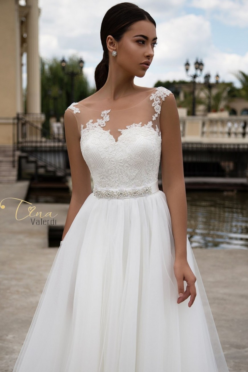 wedding dress Carolina