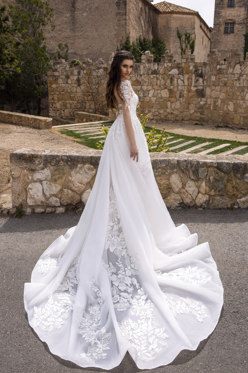 wedding dress bernadette