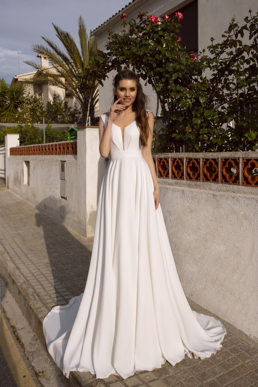 wedding dress lorelei