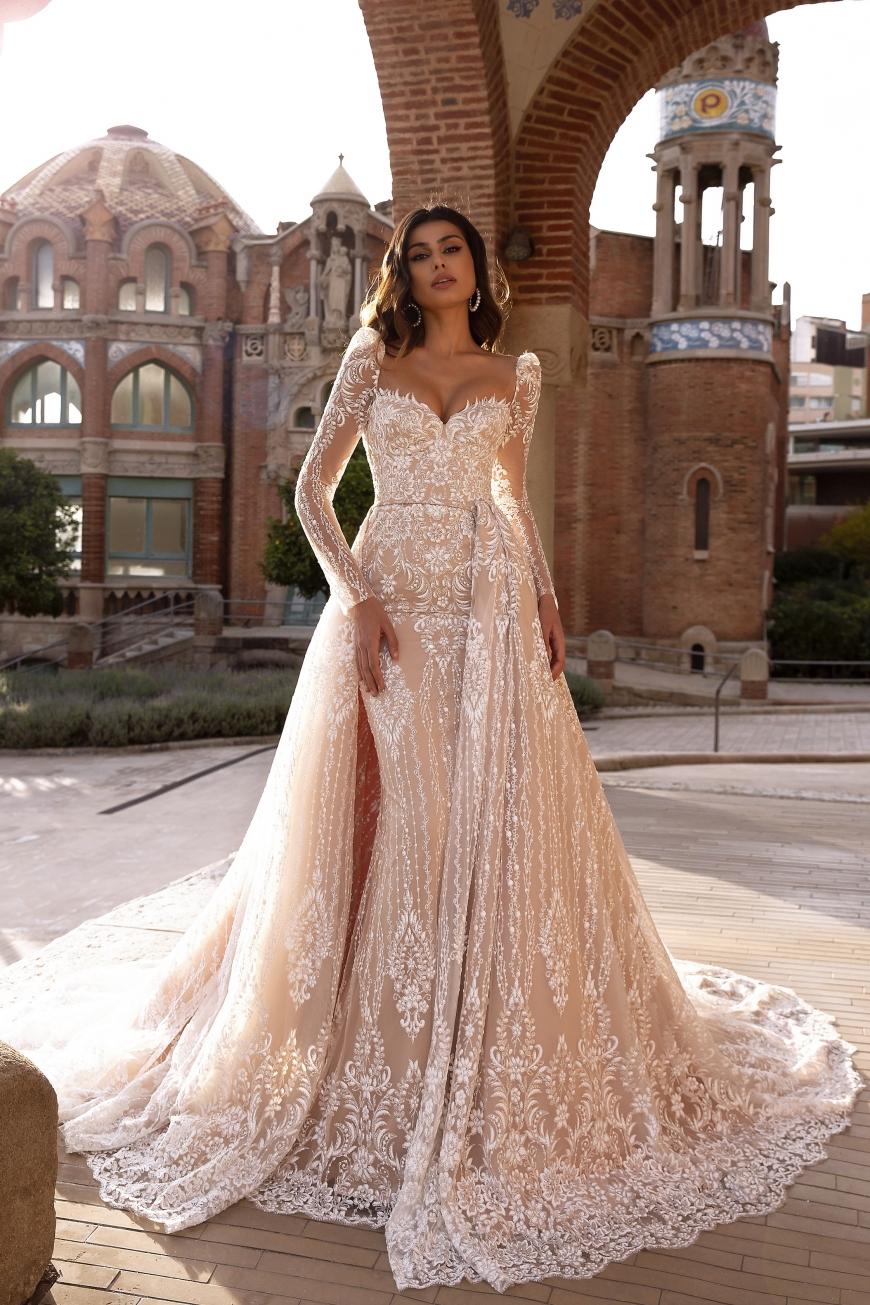 wedding dress aria