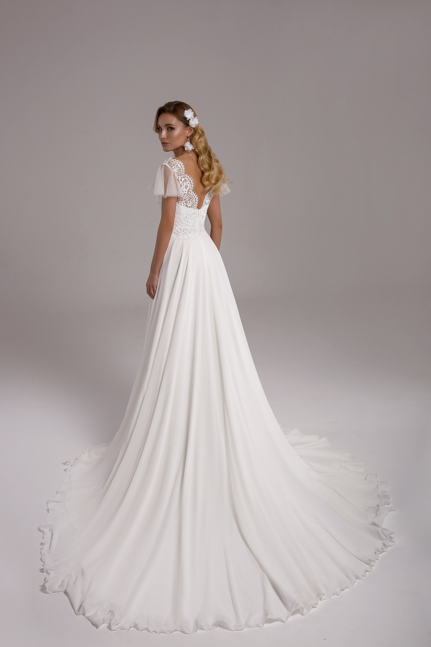 wedding dress Roberta