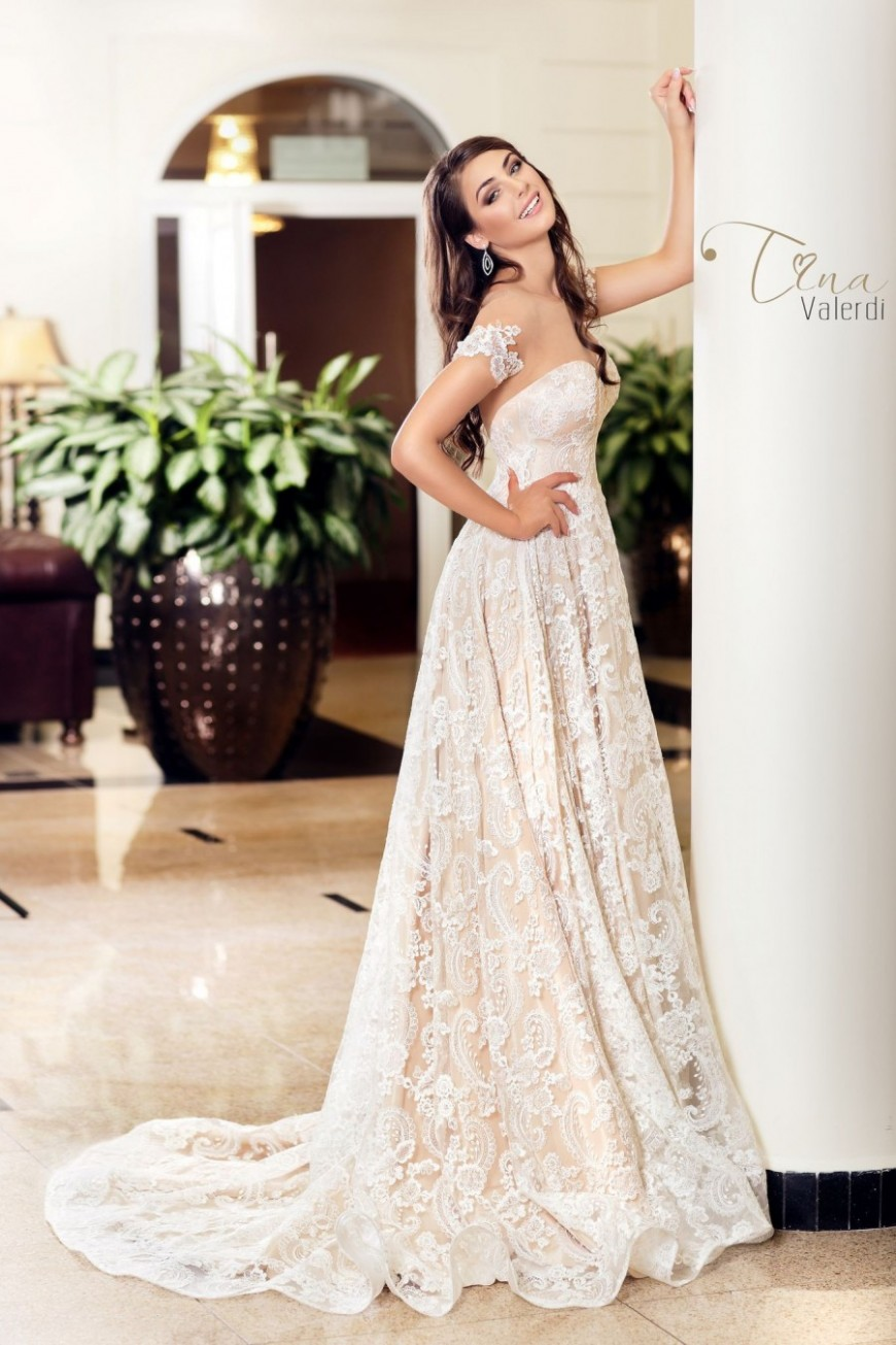 wedding dress Milagros
