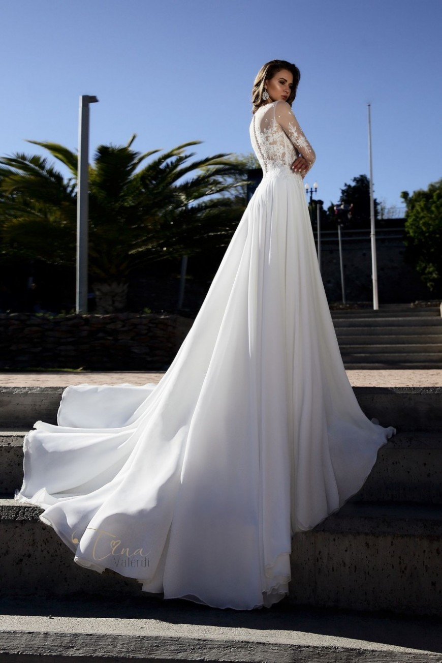 wedding dress Mariposa