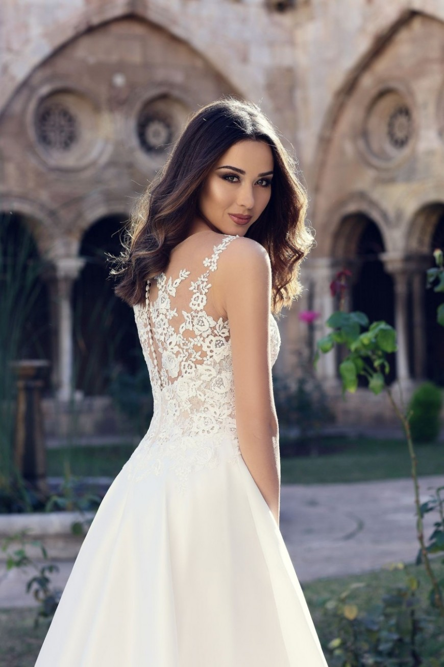 wedding dress Stella