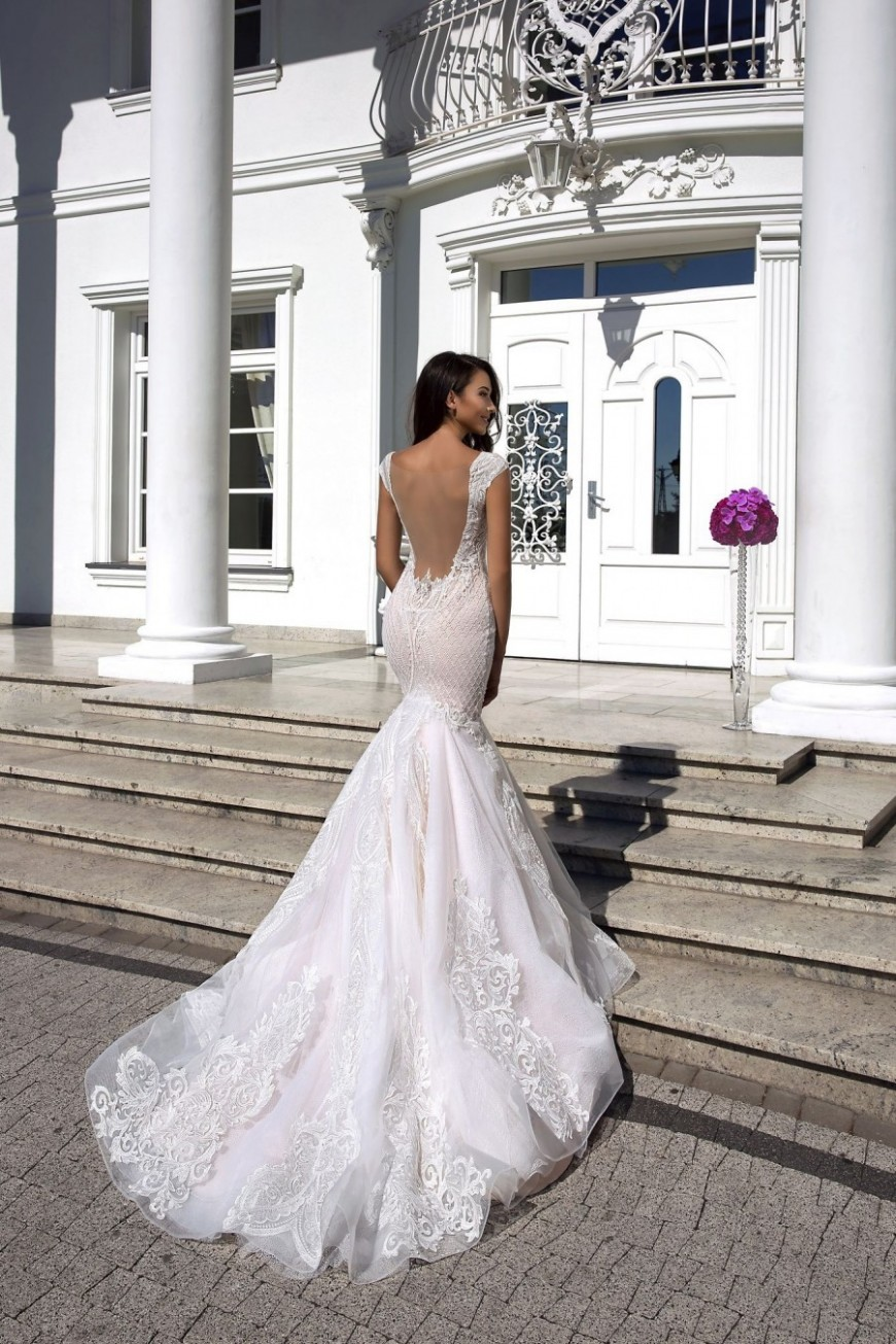 wedding dress Layla