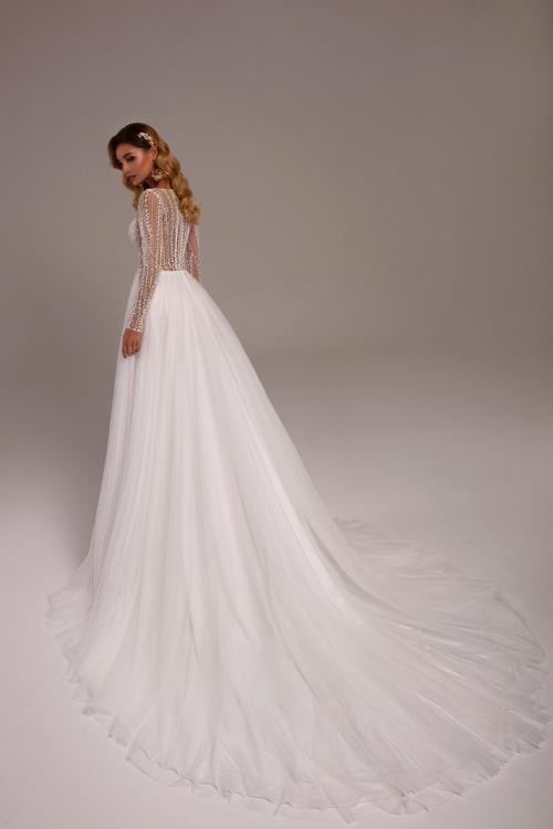 Best Styles Of Wedding Dresses For Short Brides Tina Valerdi